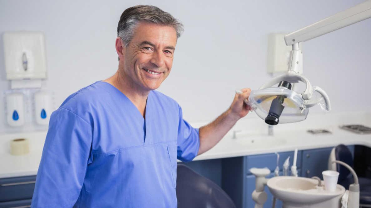 Najbolje profesije: Stomatologija na listi top deset poslova u 2021. godini